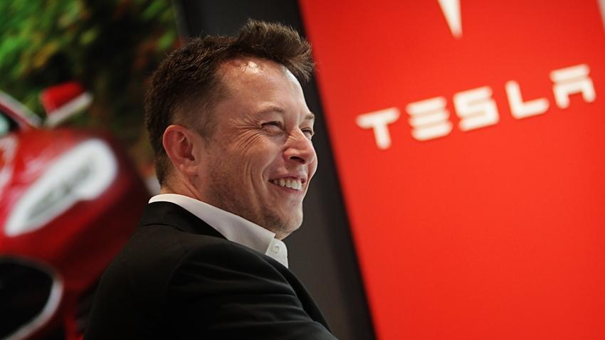 Tesla CEO'su Elon Musk: Model Y, 14 Mart'ta Tanıtılacak