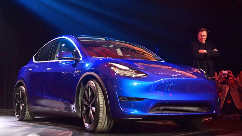 Tesla'nın İlk Elektrikli SUV Otomobili Model Y Tanıtıldı
