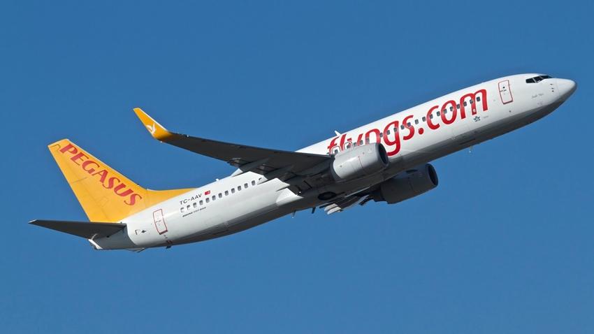 Uçak Yolculuklarında Çipli Kimlik Kartı Dönemi