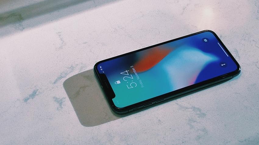 Yeni iPhone Modelleri Çentiksiz Olabilir