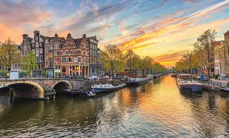 16. Amsterdam - HOLLANDA