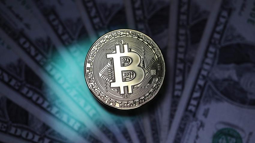 Bitcoin, Bu Yıl İlk Kez 9.000 Doları Geçti