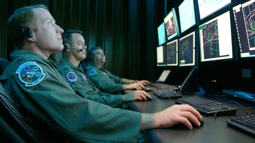 Almanya ve Hollanda, Ortak Askeri İnternet Ağı Kuruyor