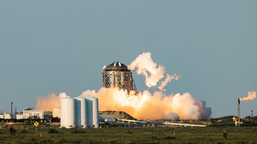 SpaceX'in Uzay Aracı Alevlere Teslim Oldu