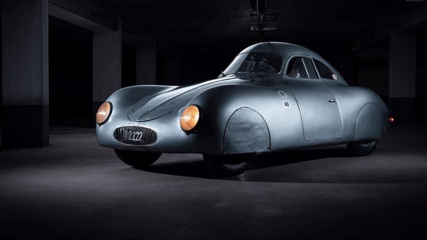 Nazi Porsche'si Type 64 için Düzenlenen Müzayedede Ortalık Karıştı