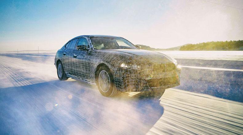 BMW Yeni Elektrikli i4 2