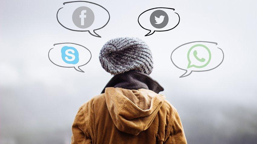 Sosyal Medya Paylaşımları Geleceğimizi Nasıl Etkiliyor