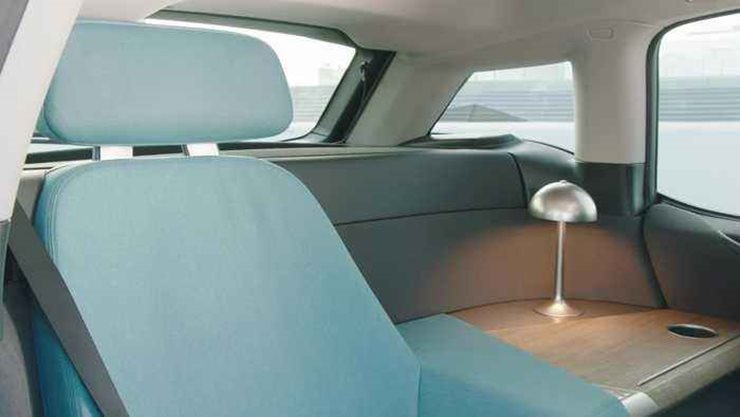 BMW, Otonom Sürüşünüz Sırasında Dinlenmenizi İstiyor
