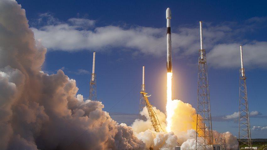 Dünyanın En Büyük Uydu Şirketi