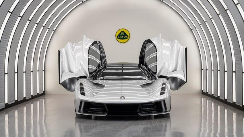 Lotus'dan 2.2 Milyon Dolarlık Elektrikli Otomobil Geliyor! İşte Özellikleri