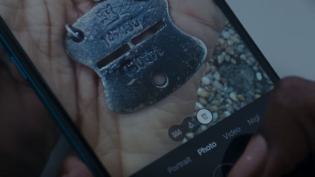 Nokia 8.2 James Bond