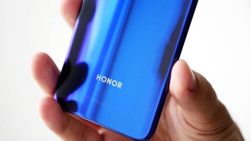 Honor 30 Pro Kanlı Canlı Görüntülendi