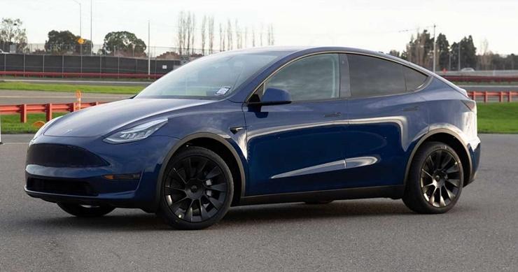 Corona Tesla'yı Etkileyecek mi?