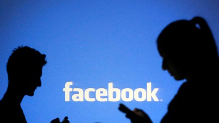 Facebook'da Uygunsuz Reklam Yayınlanıyor