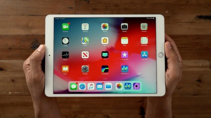 Apple Ekran içi Parmak İzi Sensörü