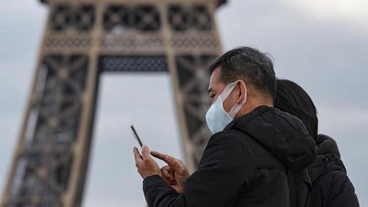 Fransizlar Koronaya Karsi Nikotin Bandi Deniyor