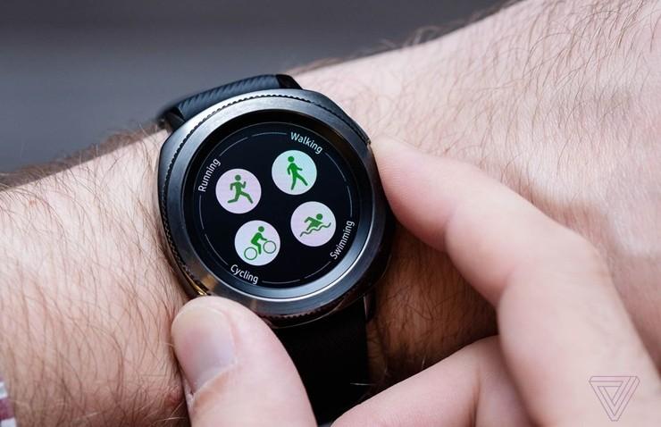 Gear Sport Saatlere Bixby Güncellemesi Geliyor