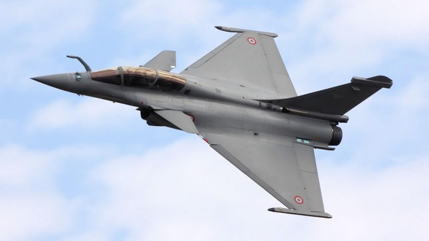 Hediye Edilen Savaş Uçağı Turu Acil Durum Butonuyla Son Buldu