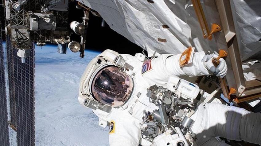 Rusya ISS'ye Uzay Aracı Gönderdi