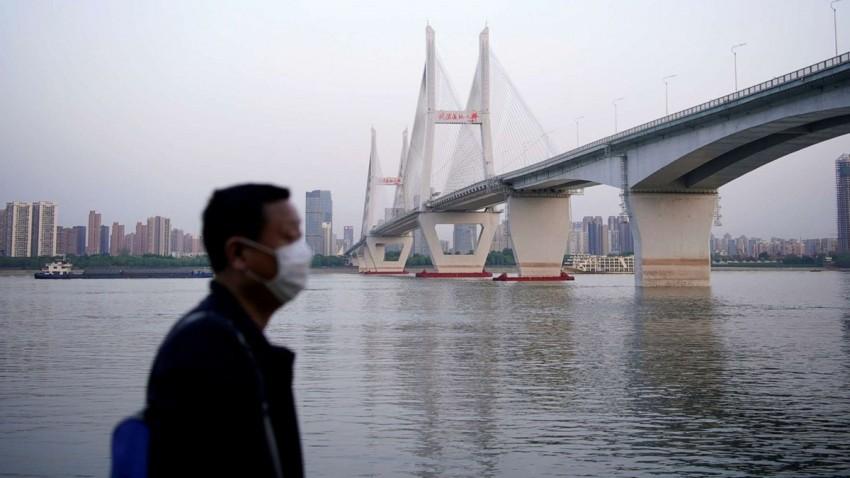 Wuhan'da Yaşayan Herkesin Test Edilmesine Karar Verildi