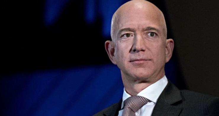 Jeff Bezos Trilyoner Olma Yolunda İlerliyor