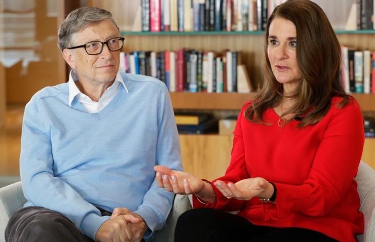 Bill ve Melinda Gates Salgından Sonra Dunya Daha Guclu Olacak