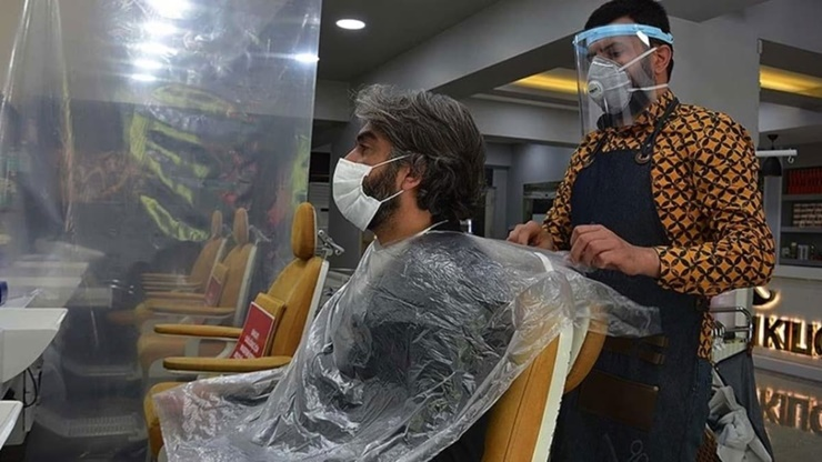 Uşak'ta 26 Berberde Koronavirusu Cikti