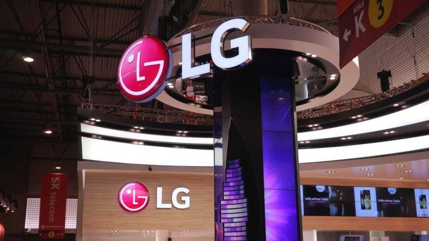 LG Esnek Ekranlı Akıllı Telefon Üzerinde Çalışıyor -1
