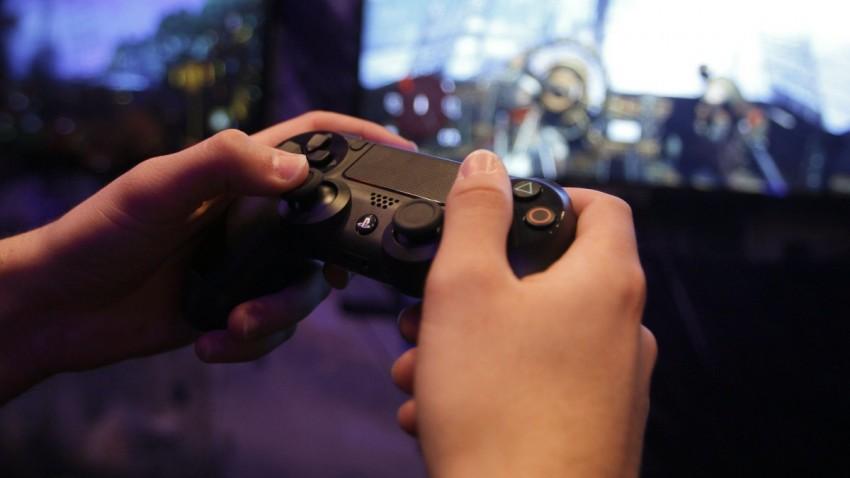 Sony PlayStation 4 Hatası Bulanlar Zengin Olacak -2