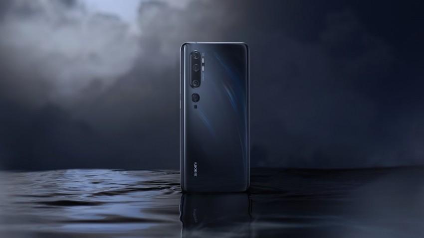 Xiaomi 'Dönen Kameralı' Garip Telefon Patenti Aldı -1
