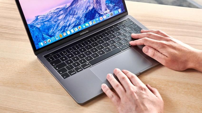 Yeni Apple MacBook Suya Dayanıklı Olabilir -1