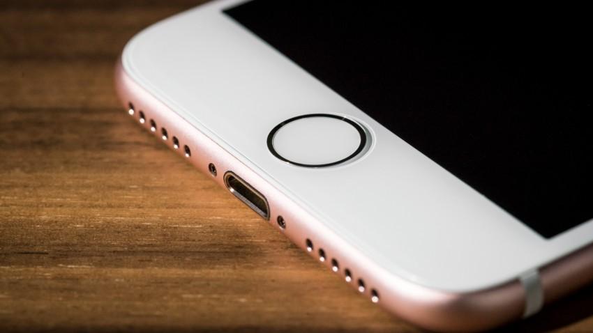 apple-touch-id-iphone-uzerinde-calisiyor