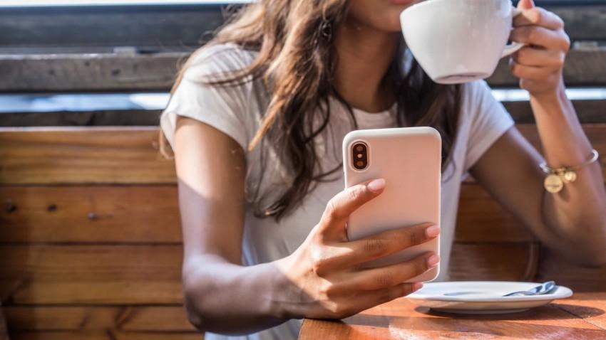 Apple Glasses Gizlilik Ekranı Özelliği ile Gelebilir -1