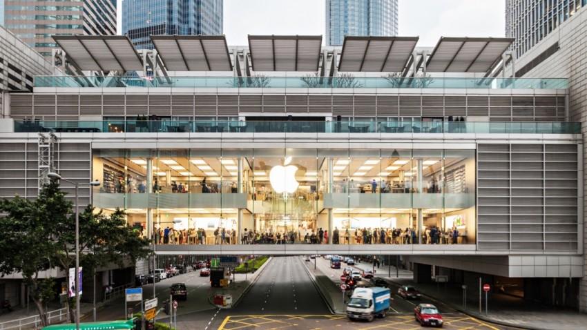 Çalışanların Çantasını Arayan Apple'a Büyük Şok!
