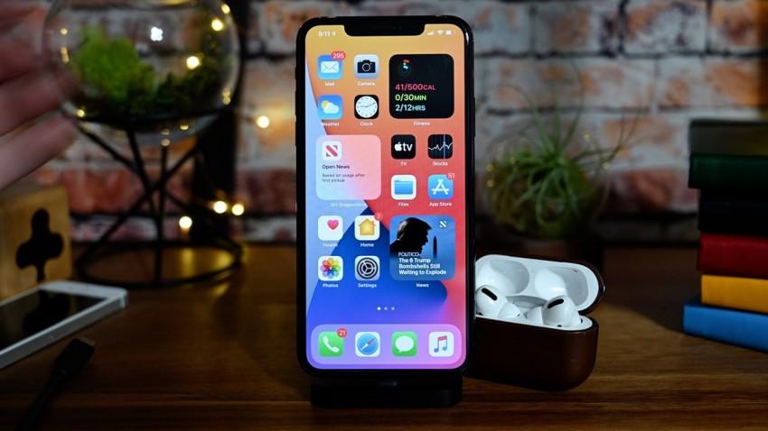 iPhone 12 Yılların Sorununa Parmak Basacak!