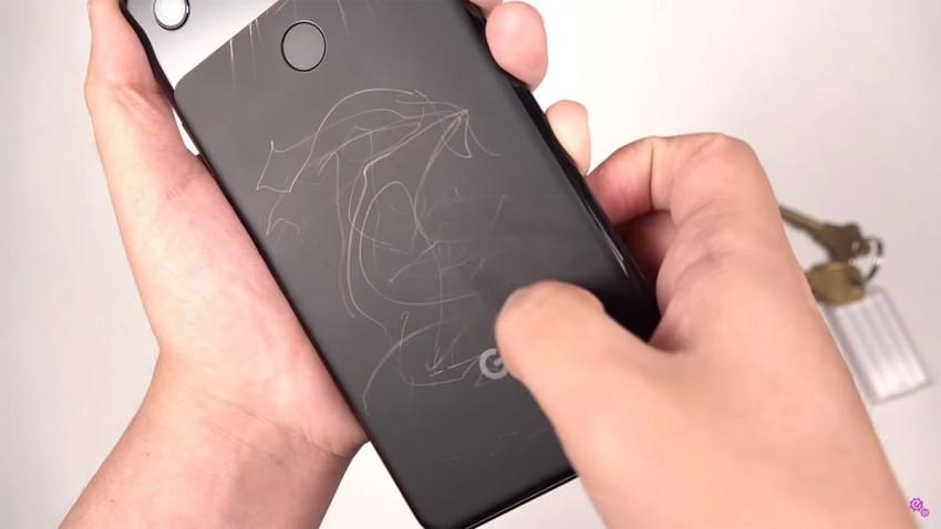Telefon Çiziklerinden Kurtulma Yolları