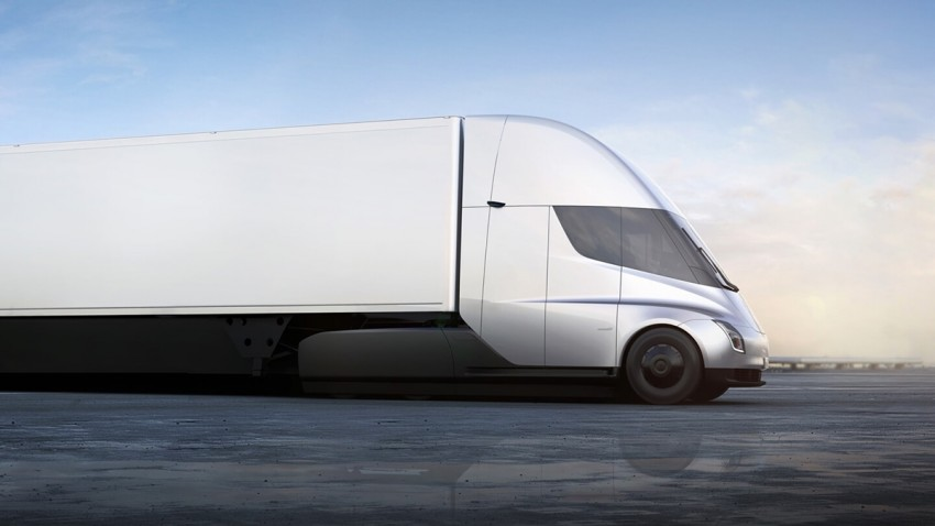 elon-musk-1000-km-menzilli-elektrikli-kamyon-gelebilir
