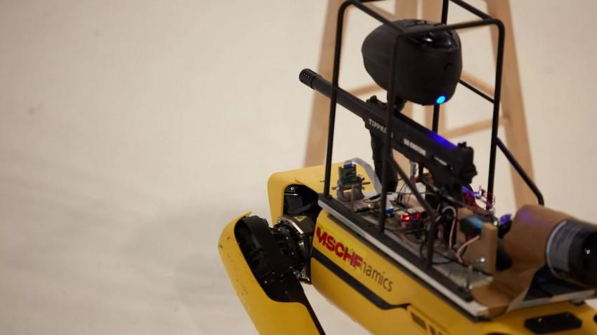 boston-dynamics-robot-kopegine-silah