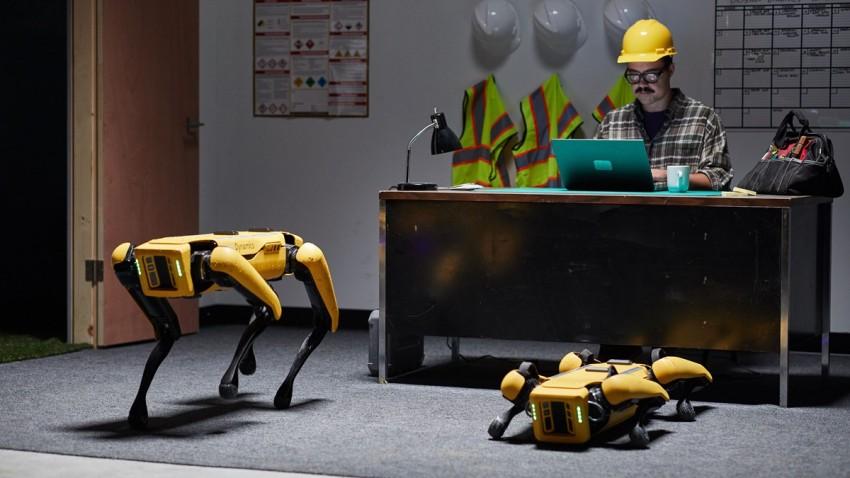 Boston Dynamics Spot Artık İp Atlayabiliyor ve Çamaşır Taşıyabiliyor