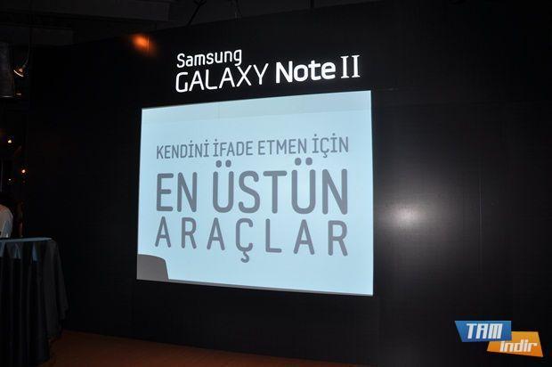 Galaxy Note 2 içerisinde pek çok araç barındırıyor.