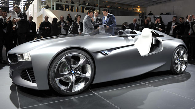 <strong>BMW Vision ConnectedDrive</strong>