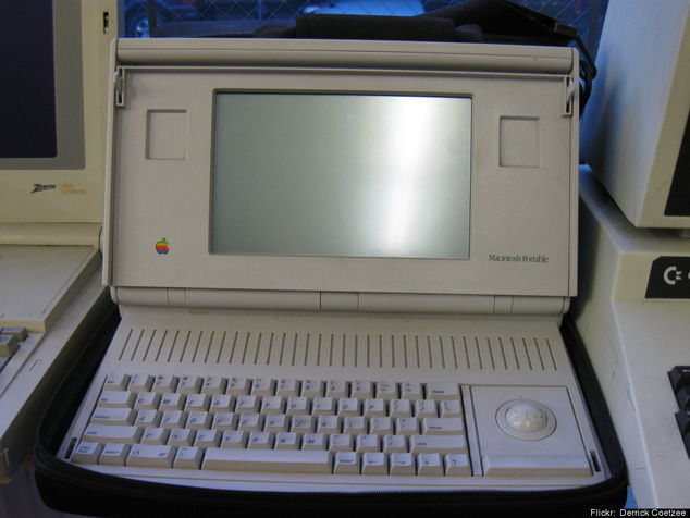Macintosh Portable - 1989