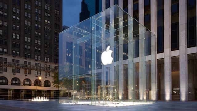 Apple, Akıllı Telefon Pazarında Rakiplerinden Geriye Düştü