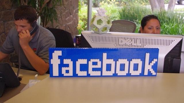 Facebook Profillerine Profesyonel Yetenek Kategorisi Eklendi