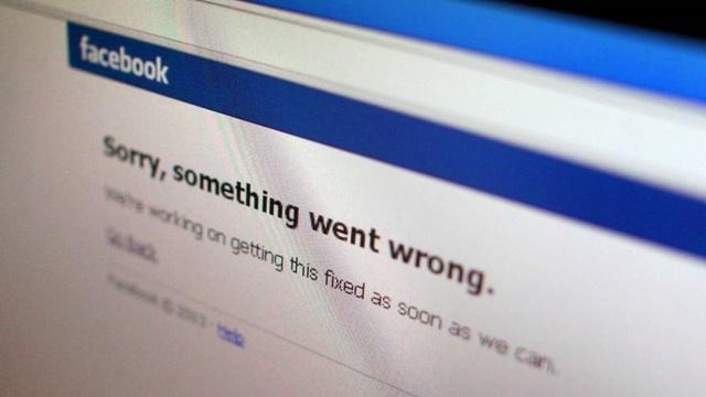 Facebook Yine Çöktü!