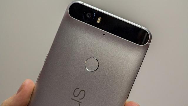Google, Geciken Nexus 6P Teslimatları için 25 Dolar Ödüyor