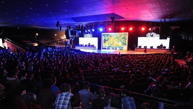 League of Legends 2014 Bahar Mevsimi Şampiyonu ''Dark Passage'' Takımı Oldu