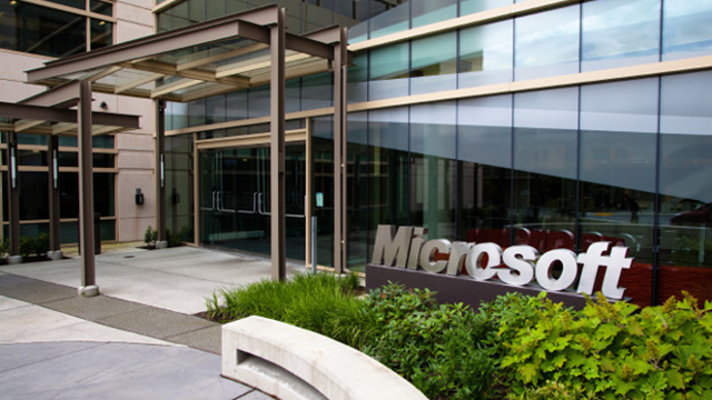 Microsoft OneNote'un Mac Versiyonunu Çıkardı ve Windows Versiyonunu Ücretsiz Yaptı