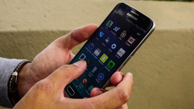 Samsung Galaxy S6, Hız Testinde Rakiplerine Fark Attı
