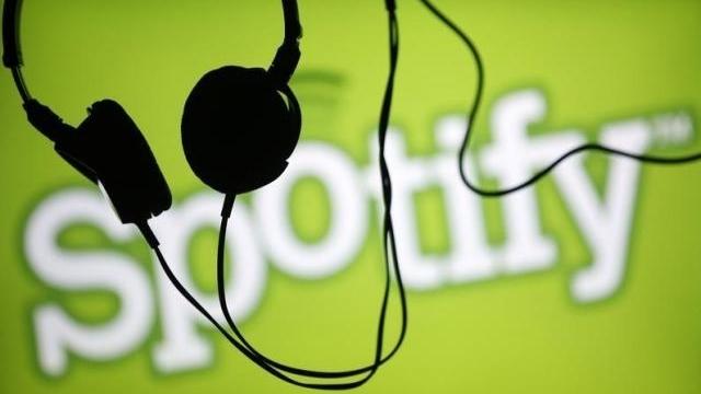 Spotify, Apple'a Rağmen Ücretsiz Kalmaya Devam Edecek